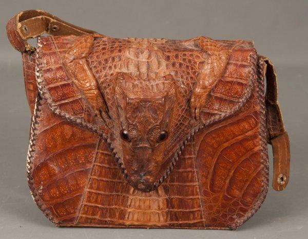 15: Vintage Handbag-Vintage alligator handbag
