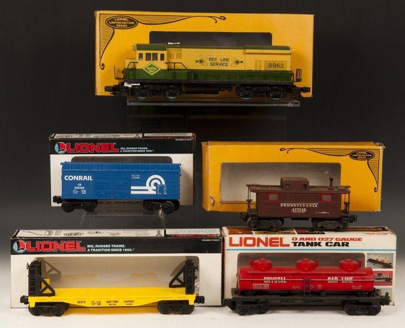 14: Lionel Multiple Car Lot of 5