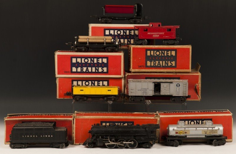 17: Lionel Engine and Multiple Car Lot