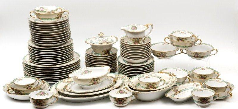 462: Noritake Cyrano Porcelain Dinnerware