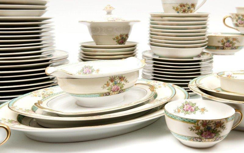 462: Noritake Cyrano Porcelain Dinnerware - 4