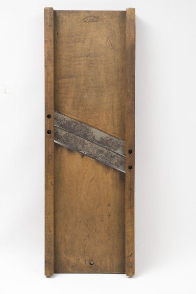 97: 19th C Slaw Board