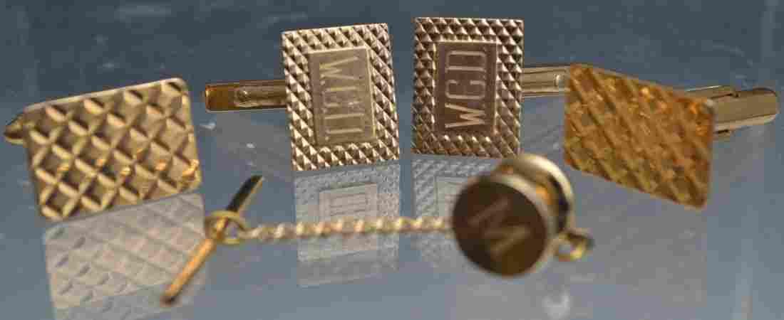 626: 14K Gold Cuff Links