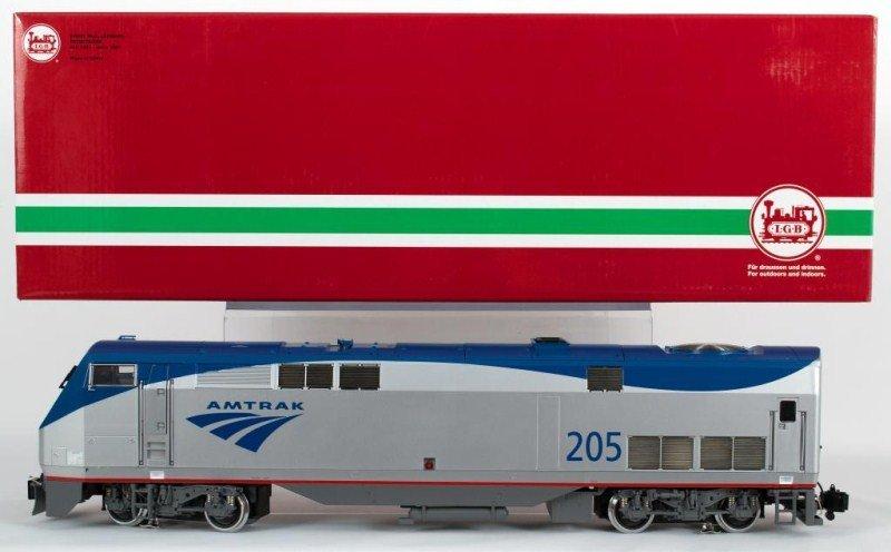 11: LGB 22490 Amtrak Genesis Diesel Locomotive