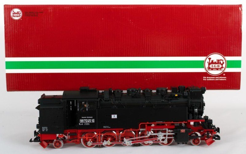 29: LGB 25811 DR Steam Locomotive