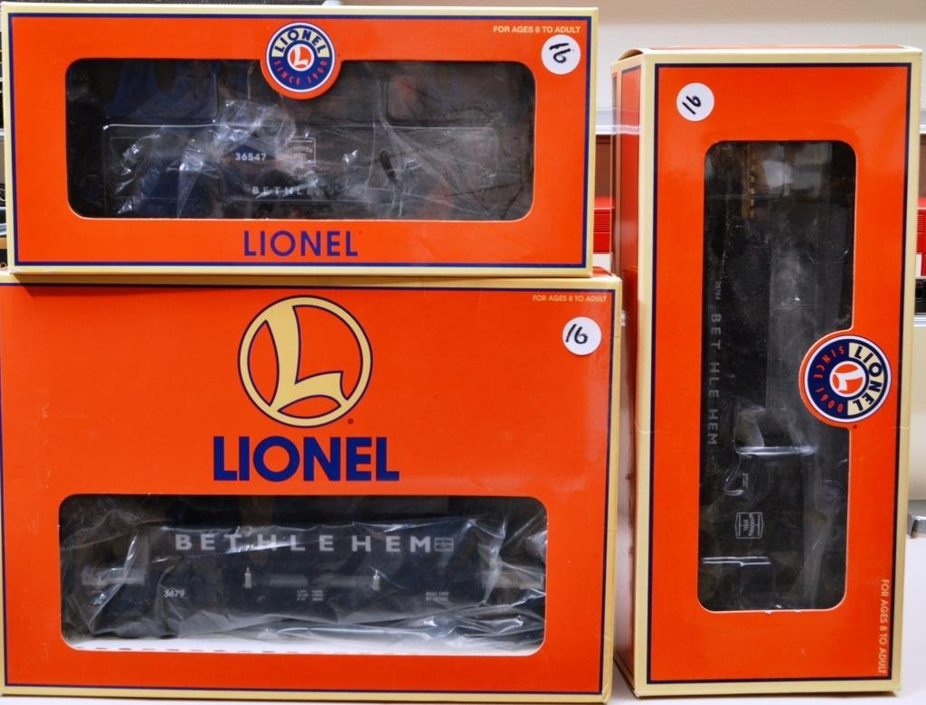 O Scale Lionel Bethlehem Steel  cars including a d