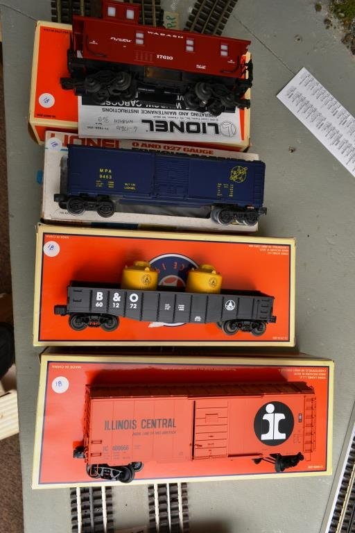 O Scale Lionel miscellaneous car lot Including 6–1