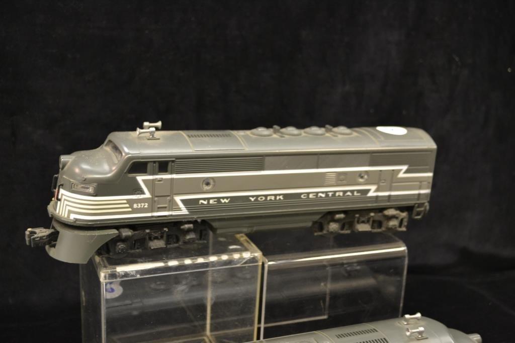 Lionel New York Central Diesel Engine and Dummy
