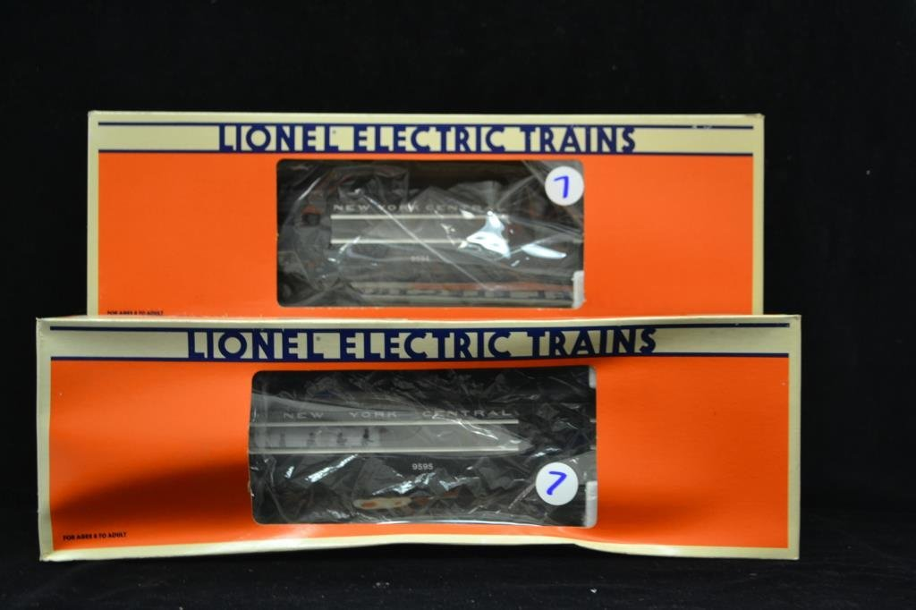 Two Lionel New York Central Train cars in Box