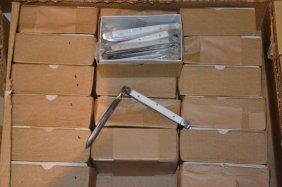 18 Dozen Straight Folding Pocket Knives