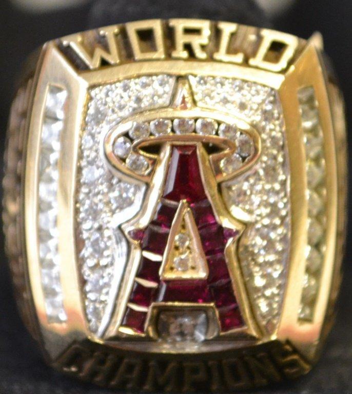 """02"" World Series Champion Sample 10kt Gold Ring"