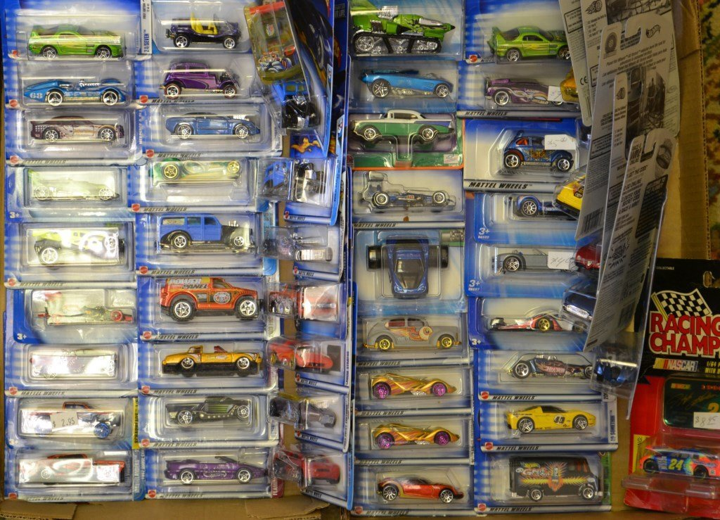 Approx 51 Hot Wheels and Racing Champ Die Cast Ca