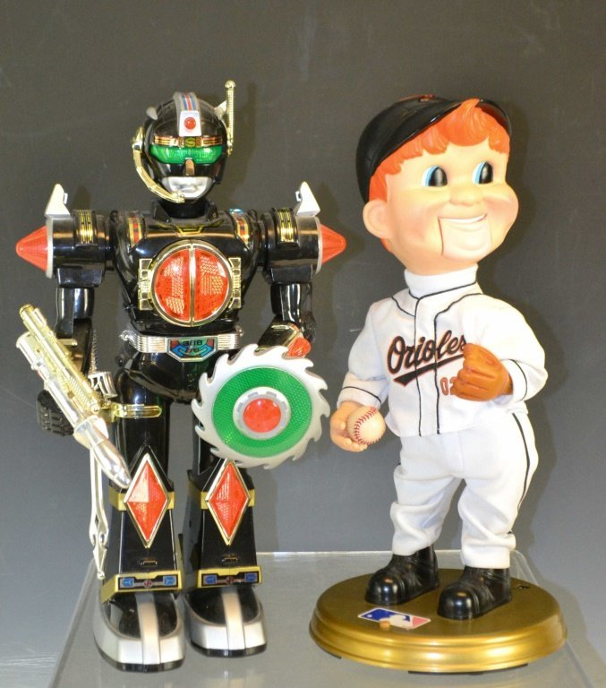 Orioles Animated Doll & Robot