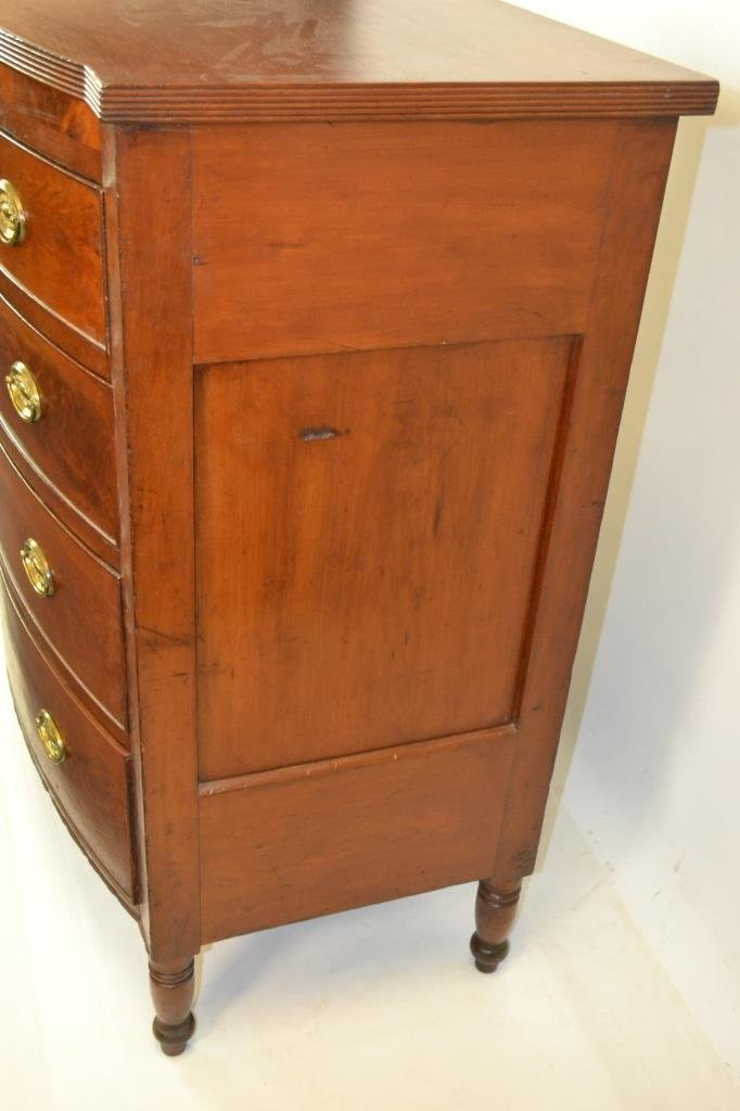 Phila. Sheraton Bow Front Chest of Drawers c 1820s - 3