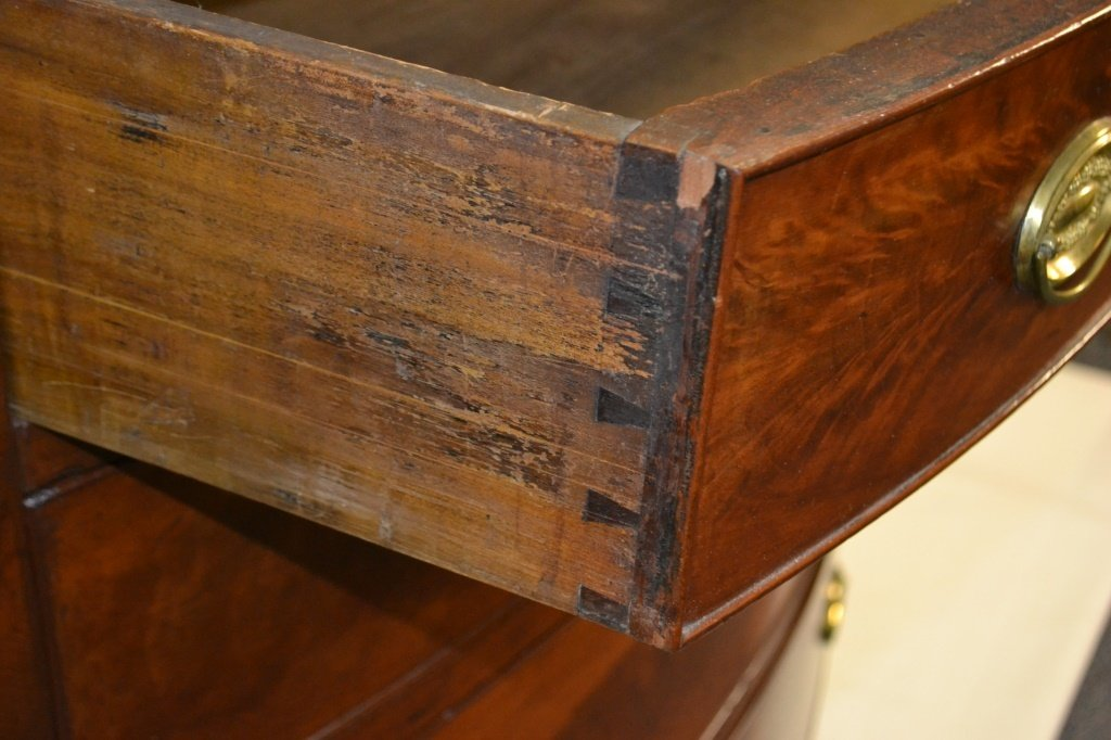 Phila. Sheraton Bow Front Chest of Drawers c 1820s - 5