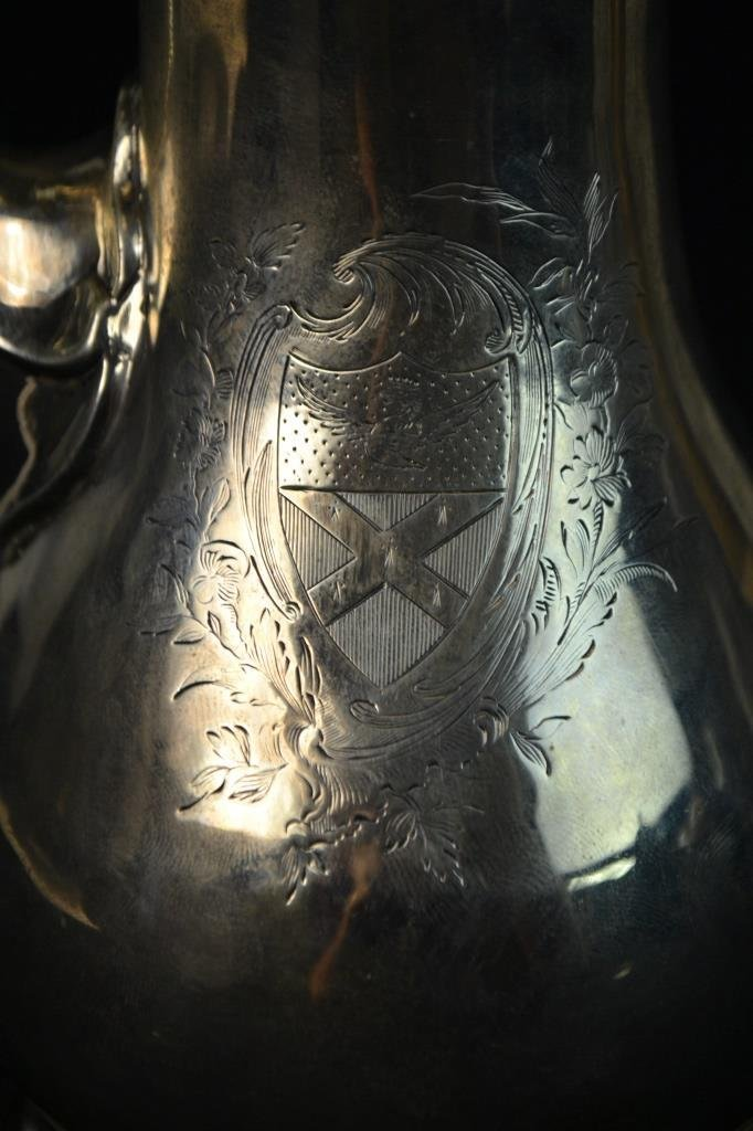 18th C Sterling Silver London Teapot 1770 - 2