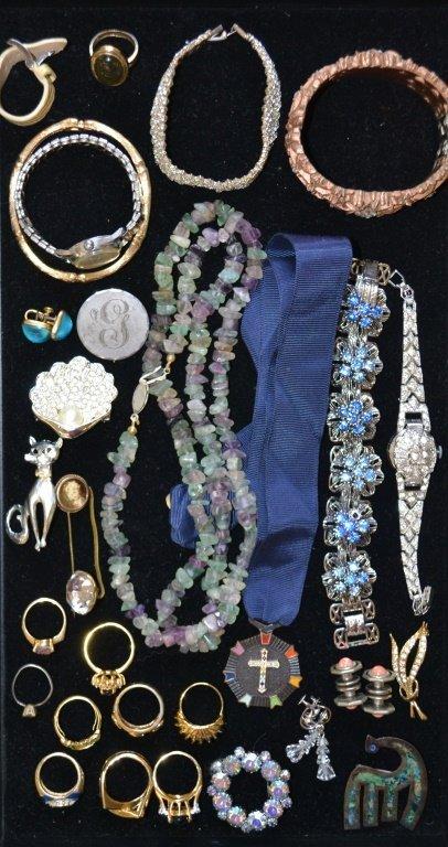 Assorted Vintage Jewelry, Giraffe, Rings, Cross