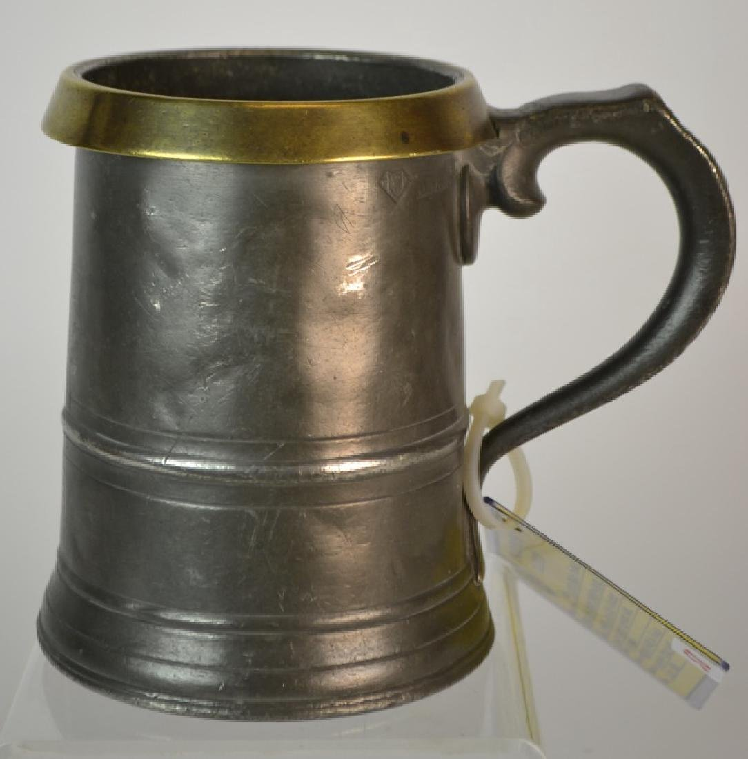 19th Century English Quart Capacity Tankard