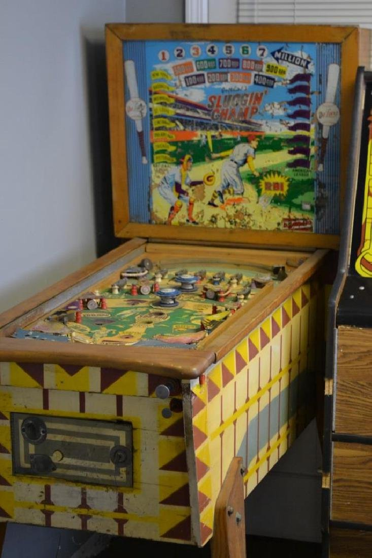 Sluggin Champ De Luxe Pinball Machine