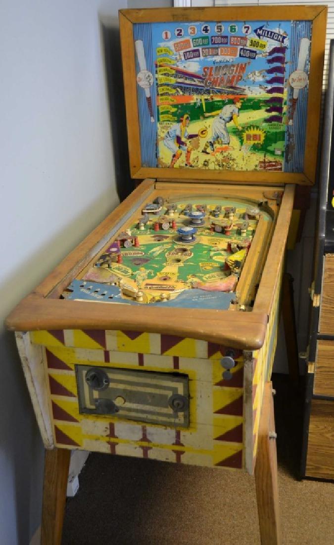 Sluggin Champ De Luxe Pinball Machine - 2