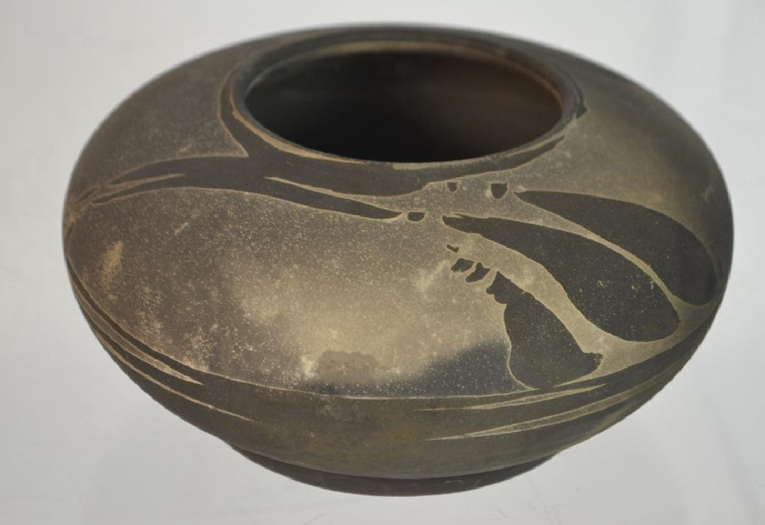 Native American Indian Pottery signed Lindberg '83 - 3