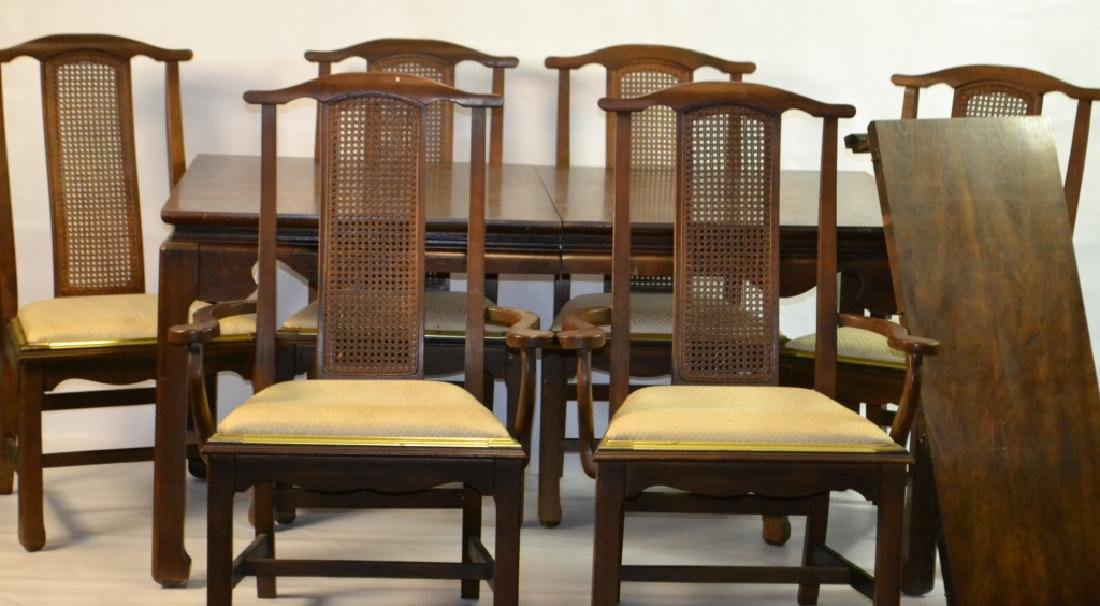 Dinning Rm. Table w/ 6 Chairs and Leaf