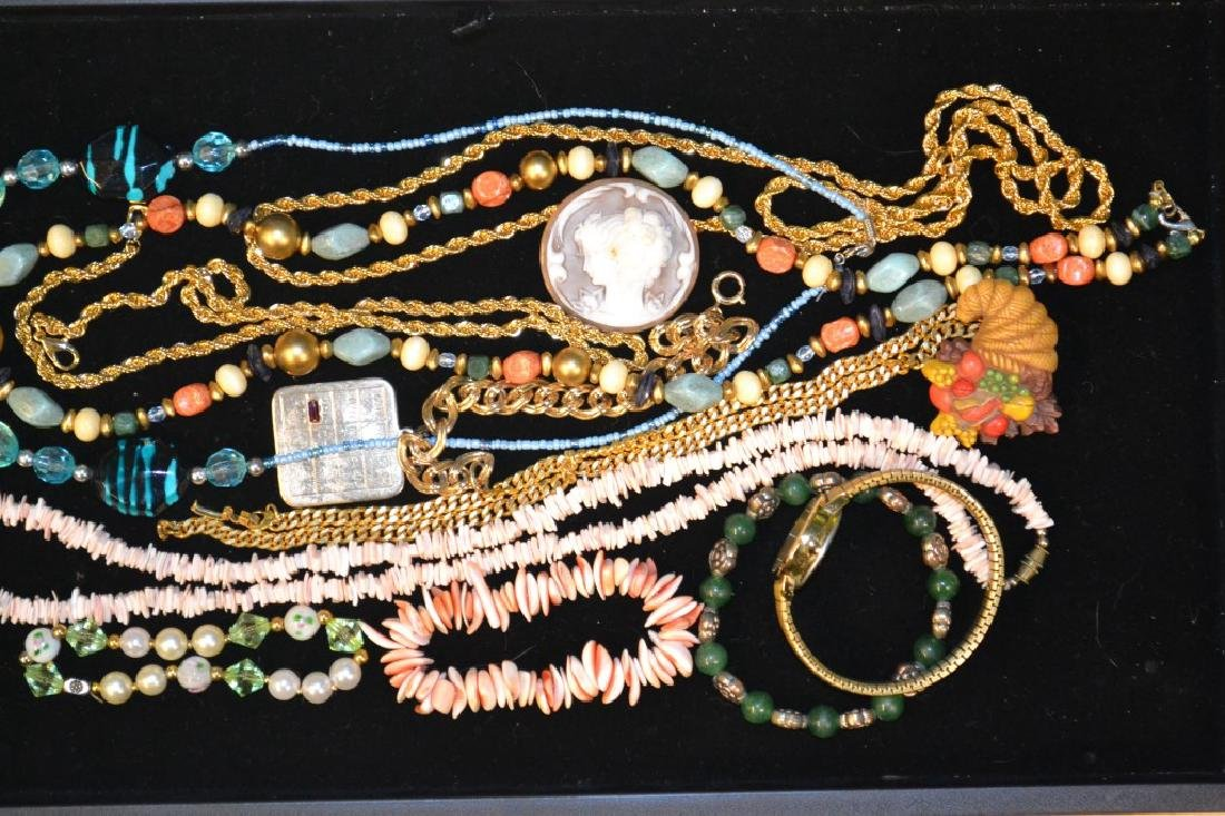 Grouping of Costume Necklaces & Beaded Necklaces