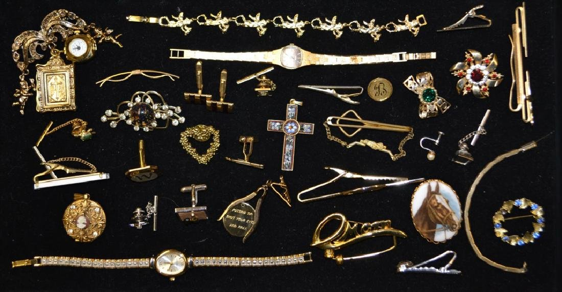 Grouping of Costume Jewelry Lot