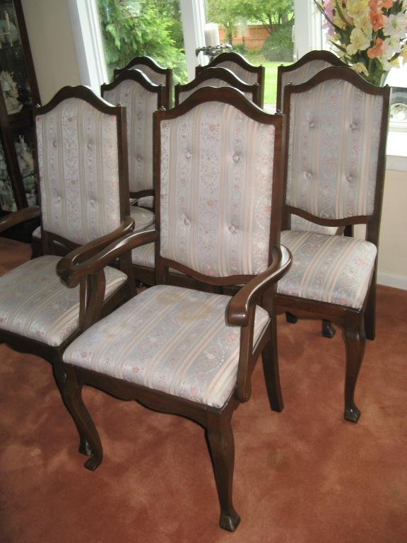 12: Pennsylvania House Dining room Chairs