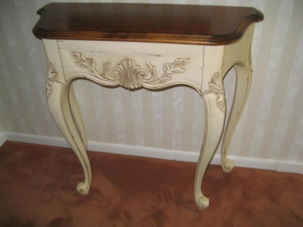 22: French style Hall Table/Console