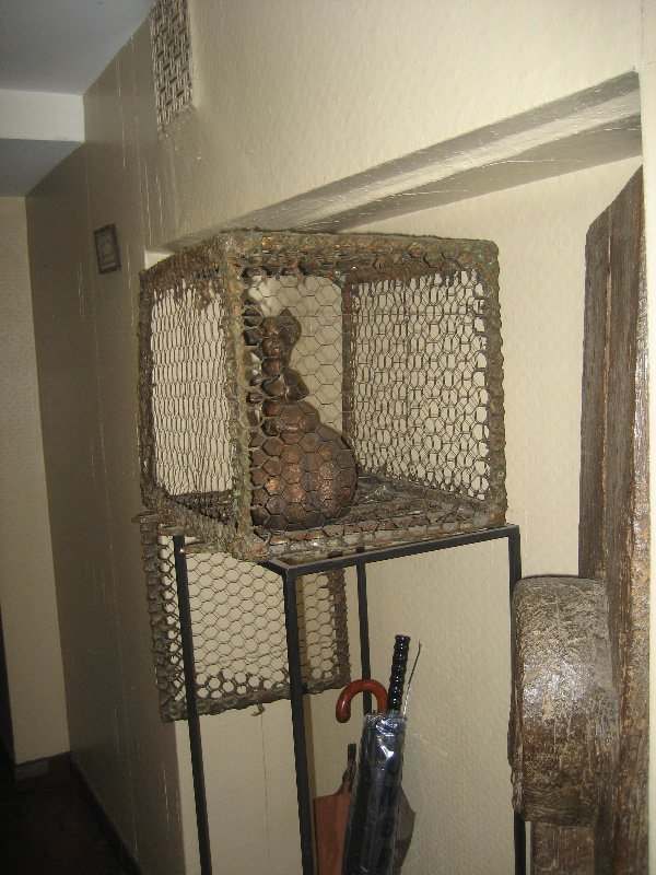 20: BARRY CANTERNA - SURREALIST FIGURES IN A CAGE