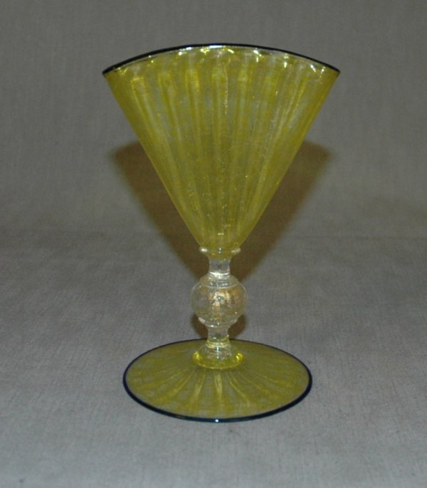 8: A VENETIAN YELLOW VASE, early 20th Century, Italy, g