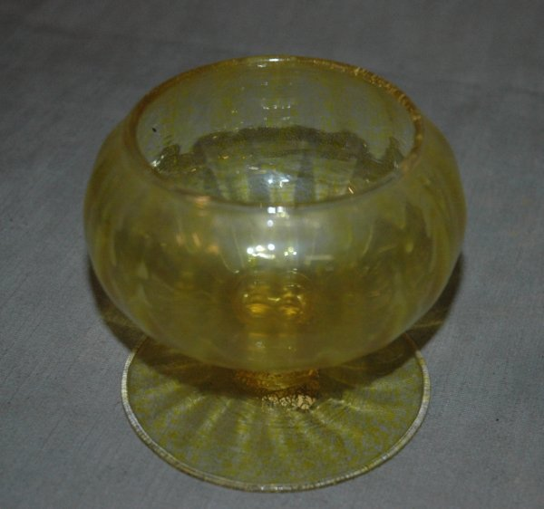 "11: A VENETIAN YELLOW GOBLET, height 4 1/4"" diameter 5"""