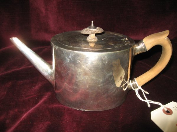 5: GEORGE III SILVER TEAPOT WITH WOOD HANDLE AND TOP, H