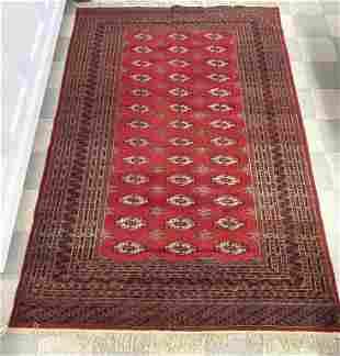 Hand Woven Oriental Wool Rug - 6' x 9 1/2'