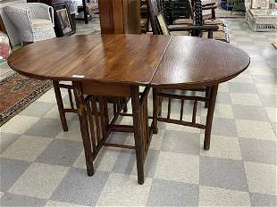 Old Hickory Oval Gate Leg Dining Room Table