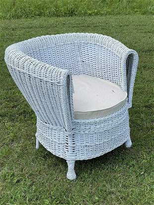Antique White Wicker Barrel Chair