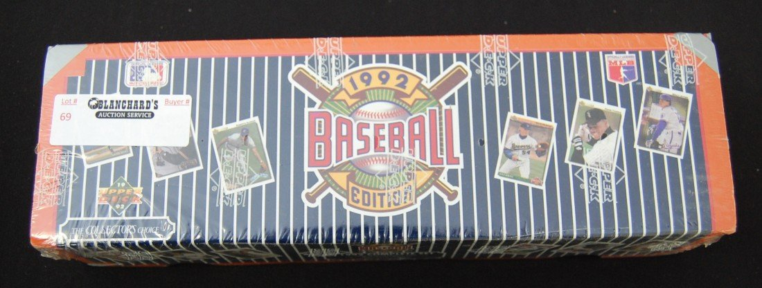 69: 1992 Upper Deck Baseball Card Complete Set