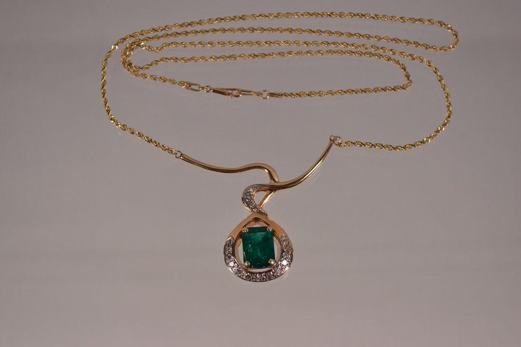 Large Diamond & Emerald 14kt Gold Pendant & Chain