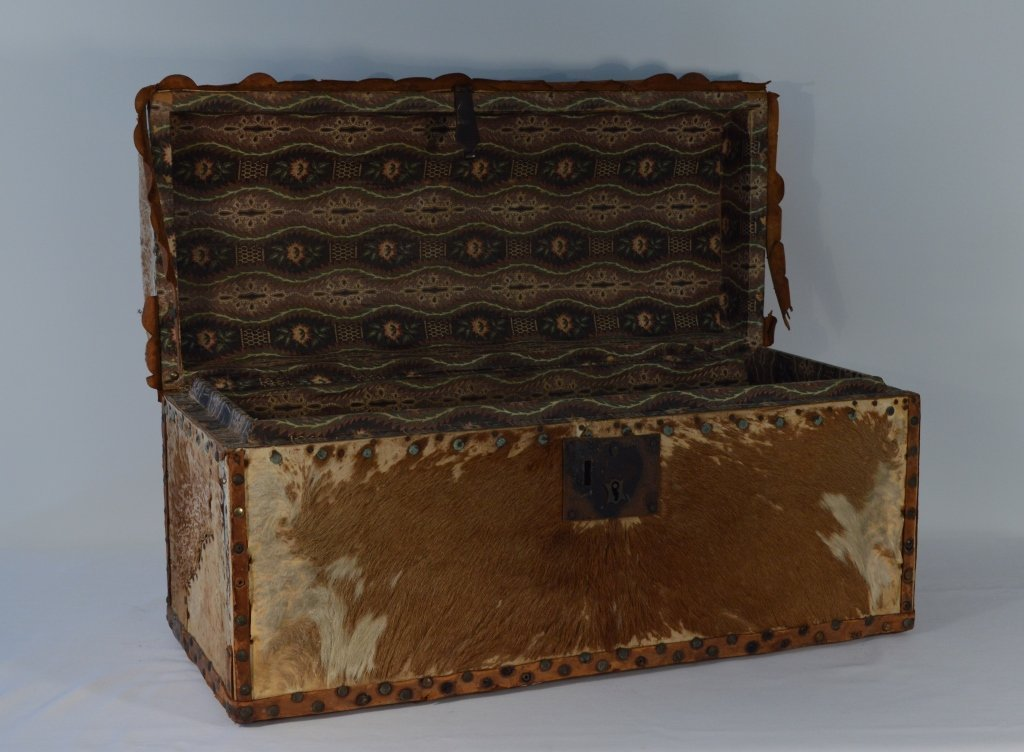 Hide Covered Dome Top Trunk - 2