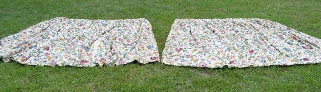Great Camp Topridge Pair of Crewelwork Curtains - 3