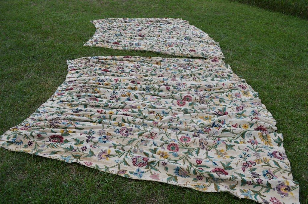 Great Camp Topridge Pair of Crewelwork Curtains - 4