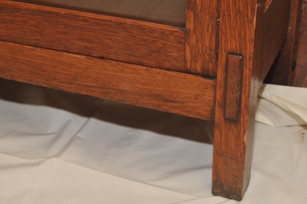 Mission Arts & Crafts 1/4 Sawn Oak Bookcase - 6