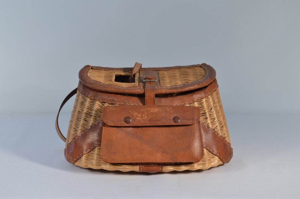 Fishing Creel with Leather Trim and Pouch - 2