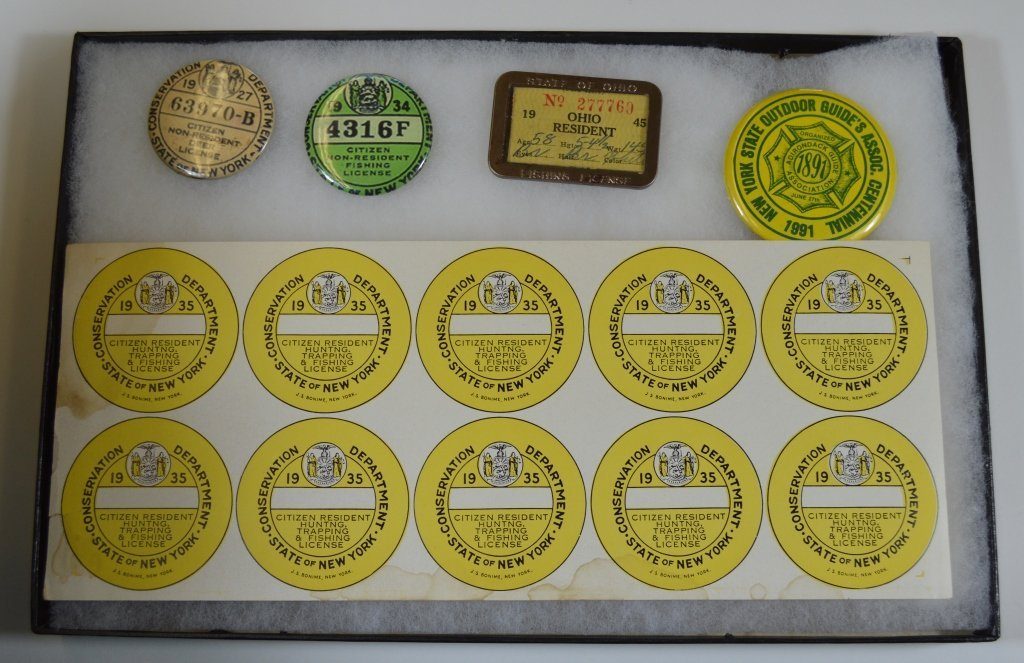 Group of Misc. Hunting and Fishing Buttons