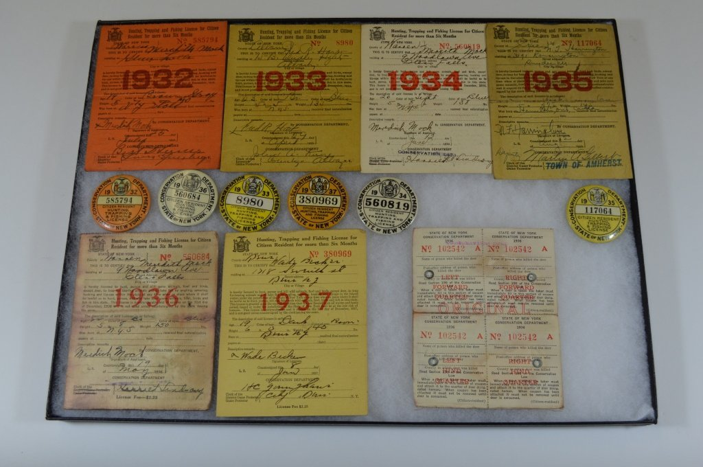 6 NYS Hunting Buttons and Paper Licenses