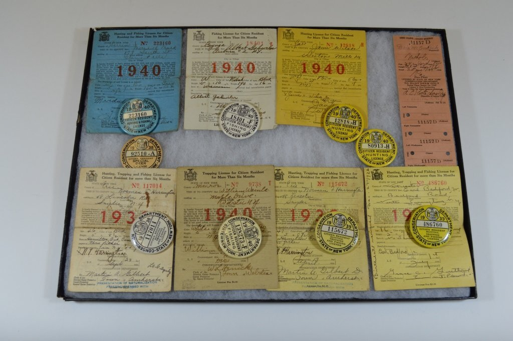 9 NYS Hunting Buttons and Paper Licenses