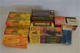 21 Roadhouse HO Model Train Cars and Kits