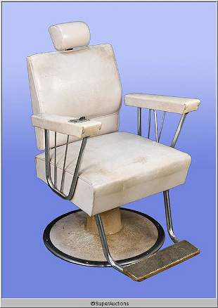 Make-Up Chair