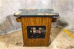MS. PAC-MAN COCKTAIL TABLE